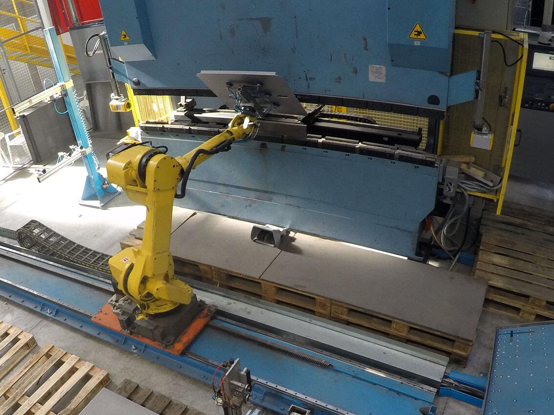 Bending Sheet Robots